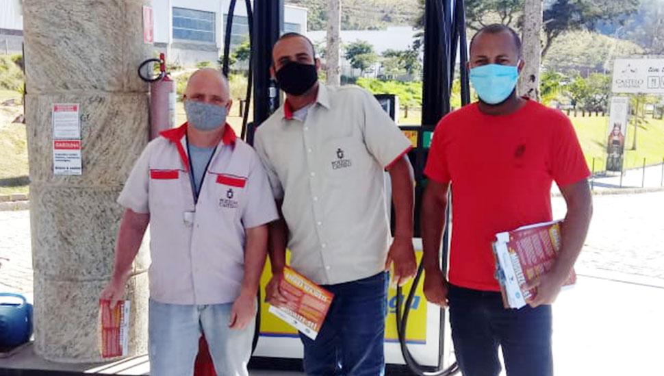 SINPOSPETRO-Niterói-e-Região-faz-ação-para-informar-trabalhadores-sobre-negociação-emperrada